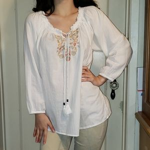 Basic Editions Tops - 🔥SALE$5 Embroidered Peasant Blouse